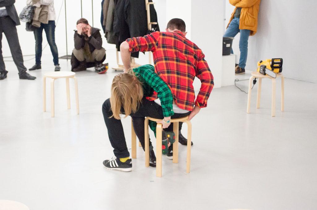 OPJ Cyganek et Julie Poulain, Des vis, 2015