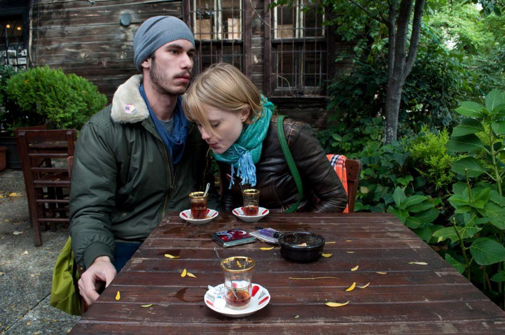 OPJ Cyganek et Julie Poulain, Reprendre le thé